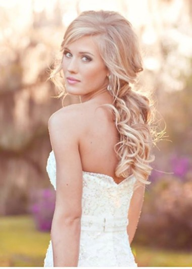 The 10 Best Beach Wedding Hairstyles Beach Wedding Tips