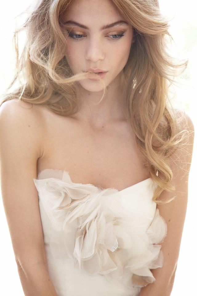 Perfect Bridal Makeup Tips : Perfect Wedding Makeup Ideas for Your Big Day (5) Beach ...