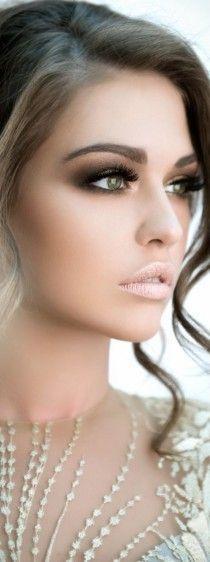10 Gorgeous Beach Wedding Makeup Ideas