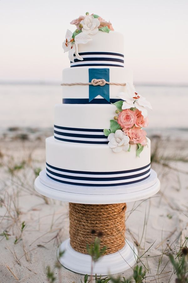 nautical wedding cake color me blue nautical themed wedding 17732
