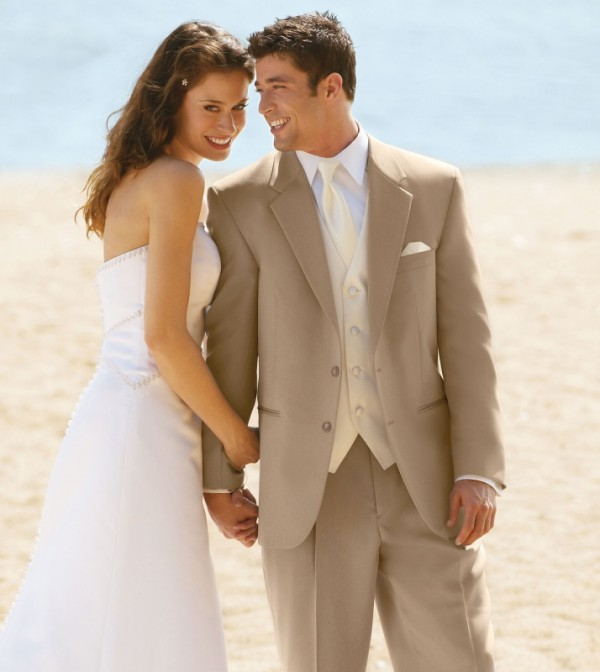 how to choose a groom suit for a beach wedding beach. Black Bedroom Furniture Sets. Home Design Ideas
