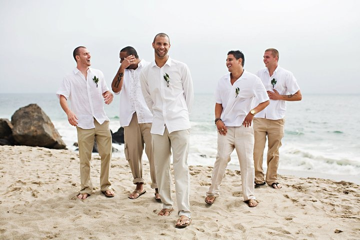 How to choose a groom suit for a beach wedding beach wedding tips junglespirit Choice Image