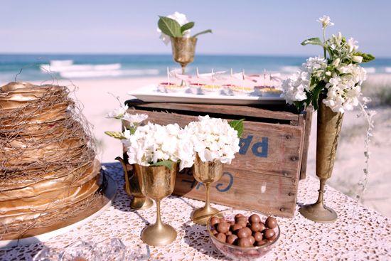 Graceful Vintage Beach Wedding Decor