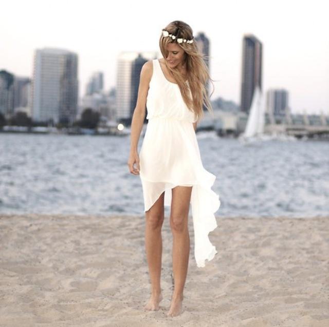 Amazing Short Beach Wedding Dresses
