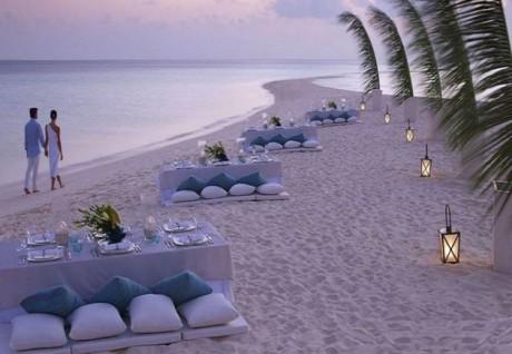 Reception ideas beach wedding tips beach wedding reception ideas junglespirit Gallery