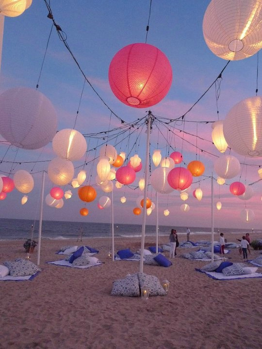 Non Traditional Beach Wedding Ideas To Escape The Cliches