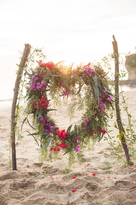 Photo Booths Ideas for a Fun Beach Wedding