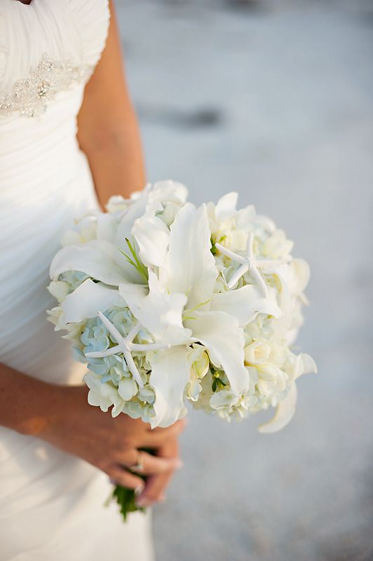 beach wedding bouquet ideas bridal bouquet ideas wedding tips 1562