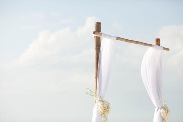 The Classy Beach Wedding of Devon & Michael