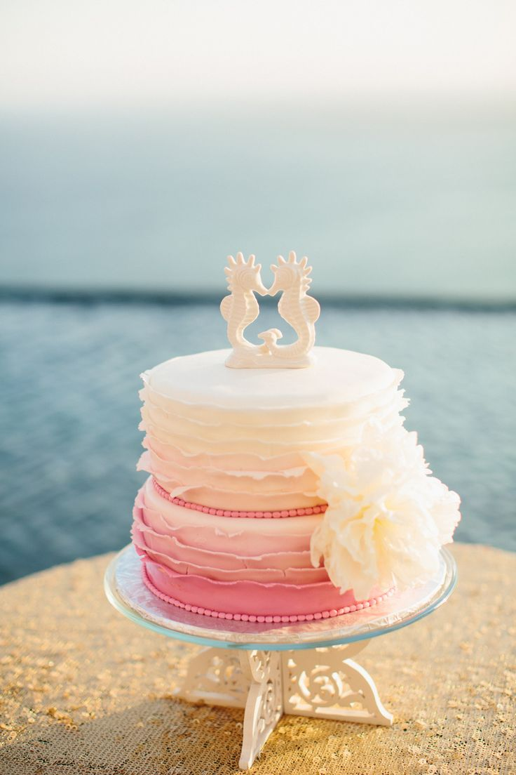 beach wedding cake toppers you will love beach wedding tips. Black Bedroom Furniture Sets. Home Design Ideas