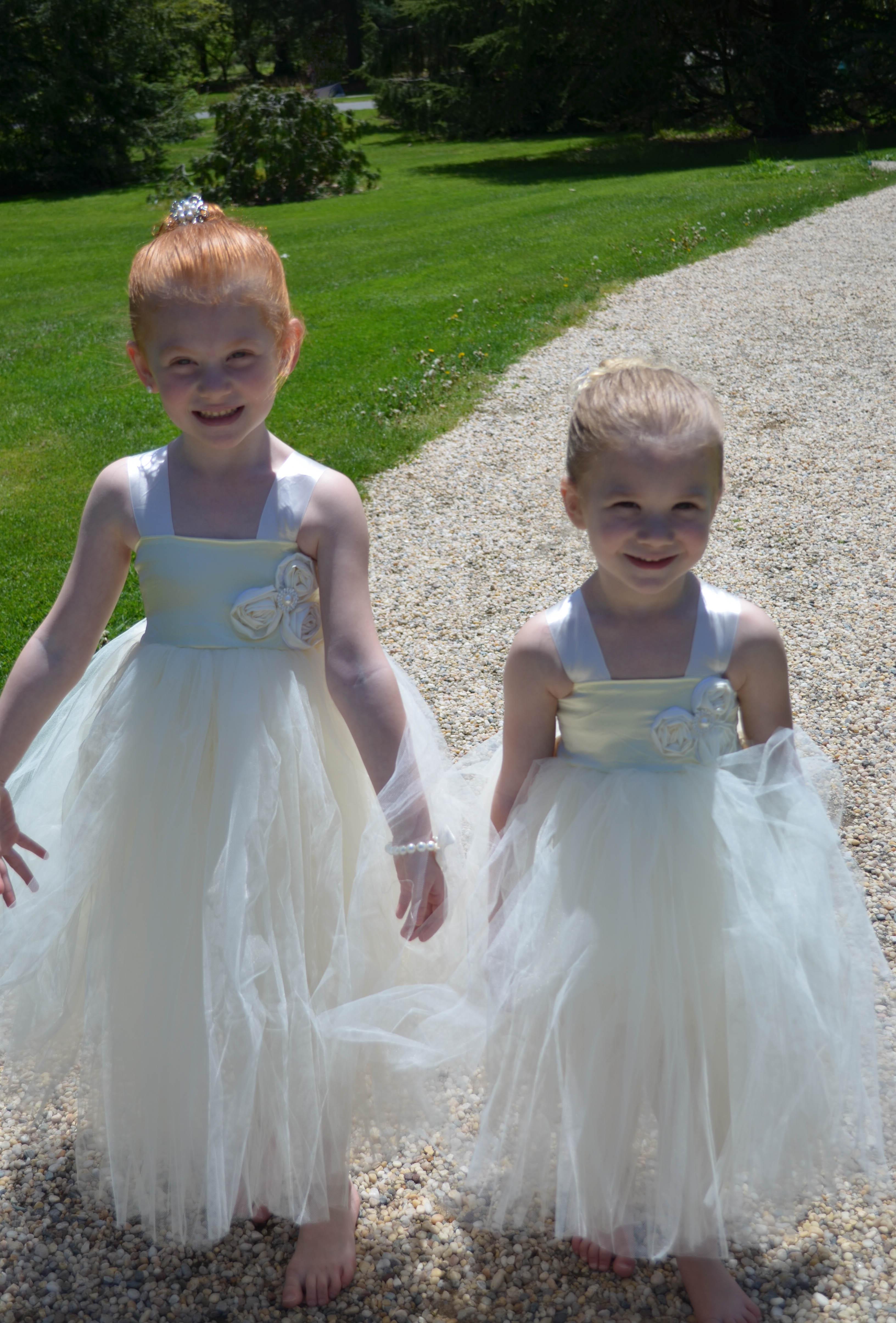 white wedding flower girl dresses
