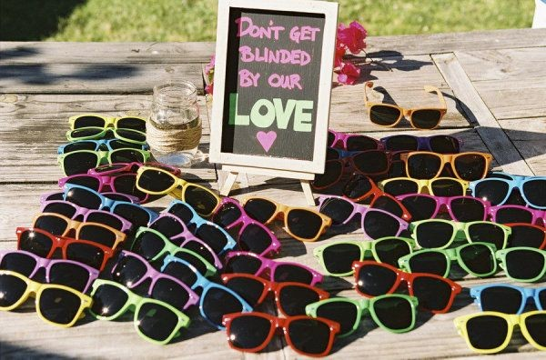 10 Must Haves At A Beach Wedding To Keep Your Guests Comfy And Hy