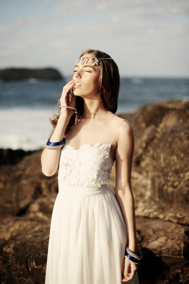 Admirable Handmade Boho Bridal Gowns For Your Beach Wedding Beach Wedding Tips Hairstyle Inspiration Daily Dogsangcom