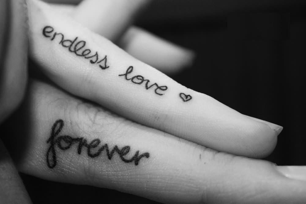 Finger wedding tattoos