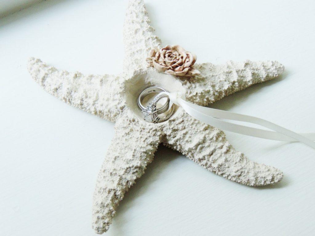 15 beach wedding ring holders marine wedding rings Beach Wedding Ring Holder Pillow