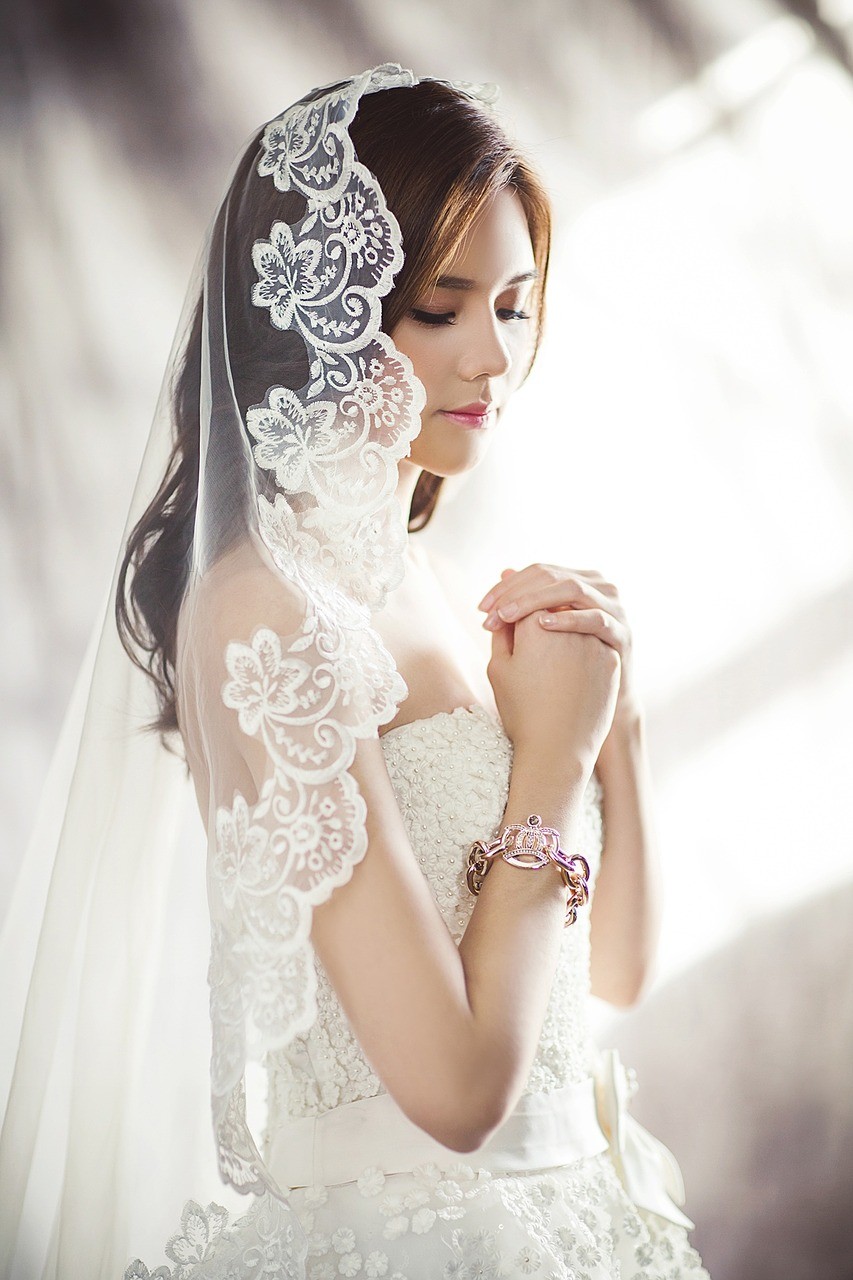 Beautiful bride with a veil