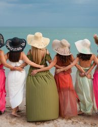 Bridesmaids's floppy hats