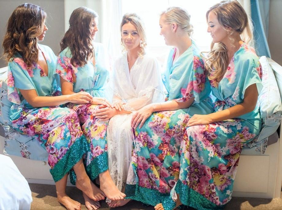 Floral bridesmaids kimonos