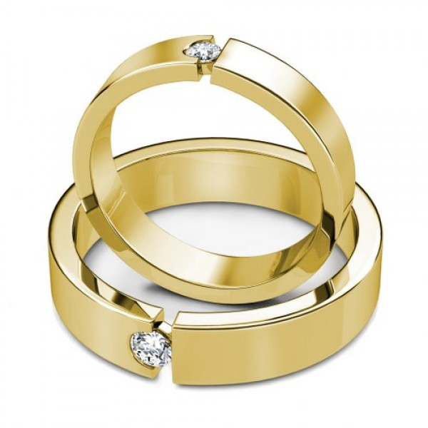 Matching wedding bands in yellow gold